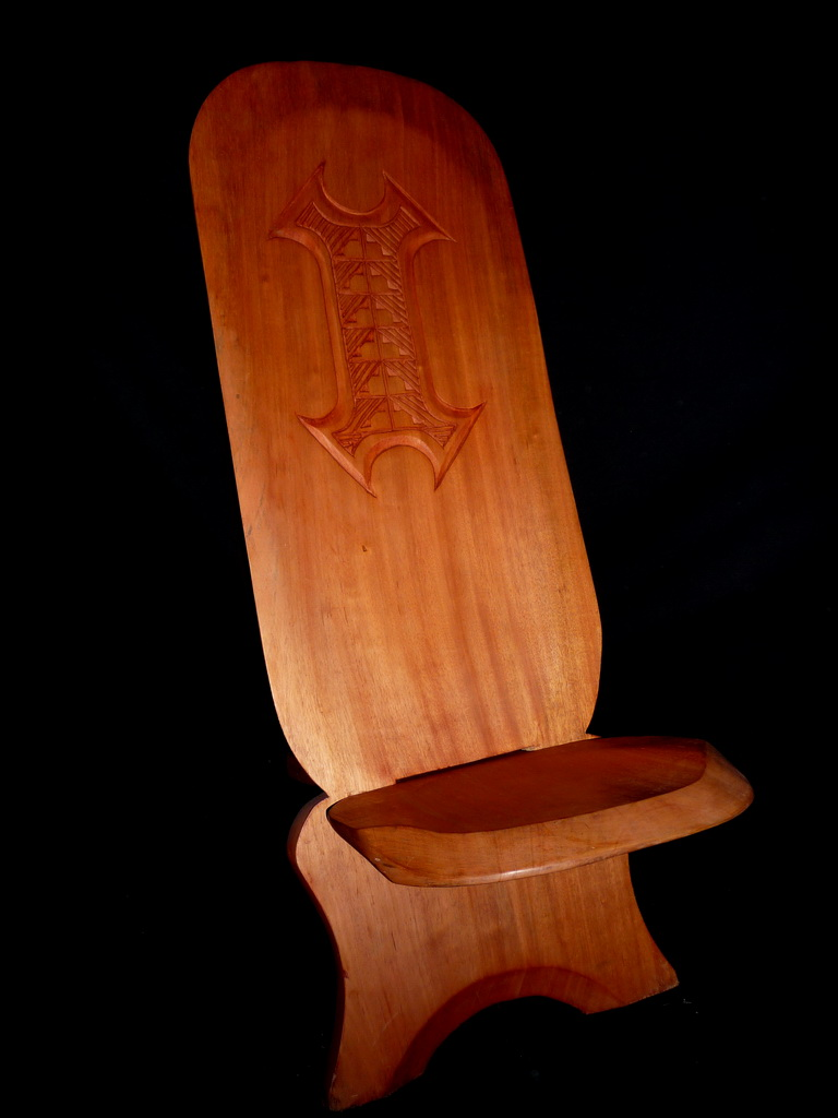 Meuble d 39 art africain la chais for Chaise africaine